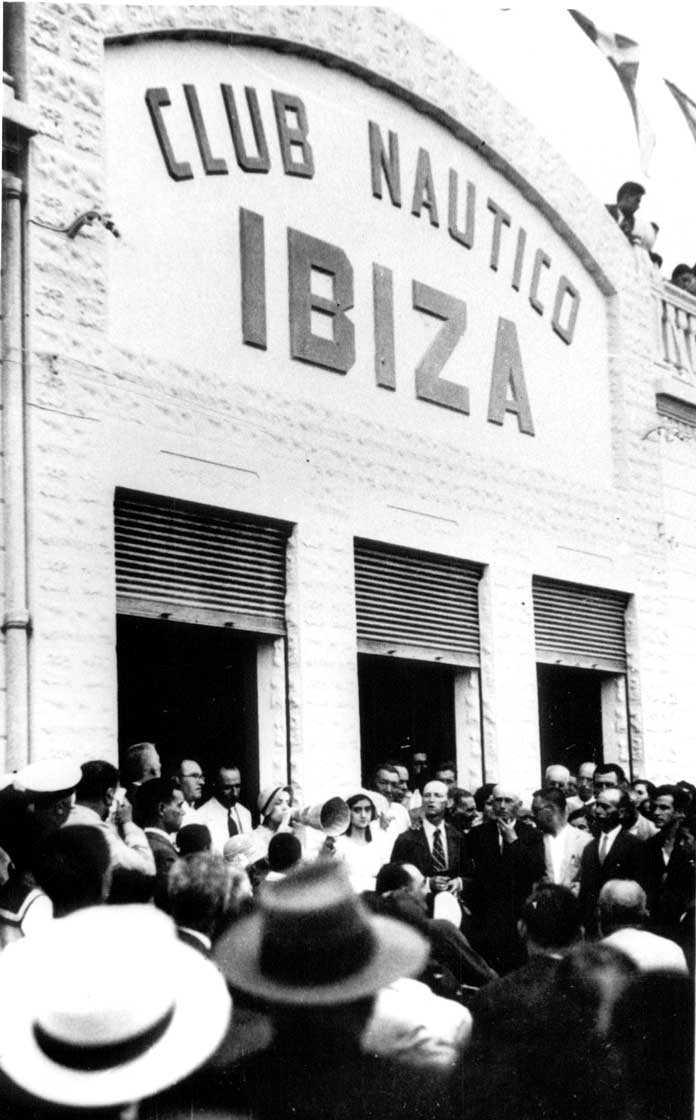 Un momento de la inauguración de la sede del Club Náutico