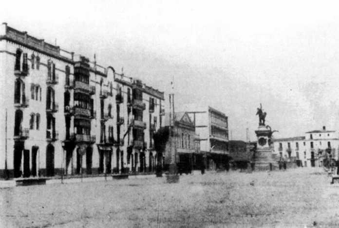 El Paseo de Vara de Rey, donde se encuentra uno dos refugios antiaéreos
