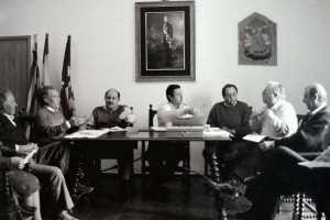 Una discusión entre Bartolo Ferrer y Toni Serra. C. C.