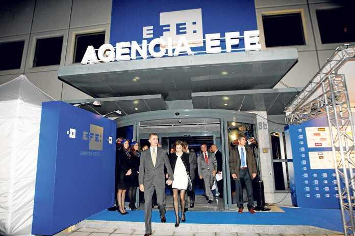 En 2014, con motivo del 75 aniversario de Efe, los entonces Príncipes de Asturias inauguraron la nueva sede de la agencia en Madrid. fototeca efe