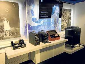 Una parte del museo está dedicado a los antiguos equipos de transmisión y recepción de noticias y fotos. J. S.