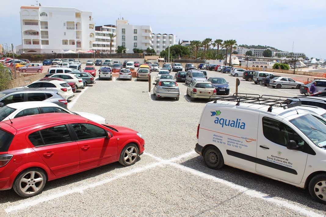 Nuevo espacio de estacionamiento situado cerca del Paseo Marítimo.