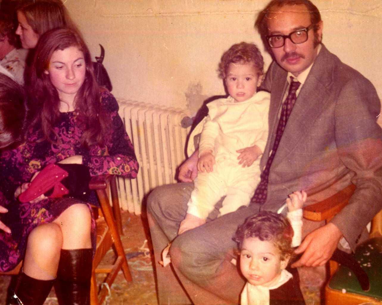 Los cuatro miembros de la familia Fernández Ruiz vinculados a la odontología.