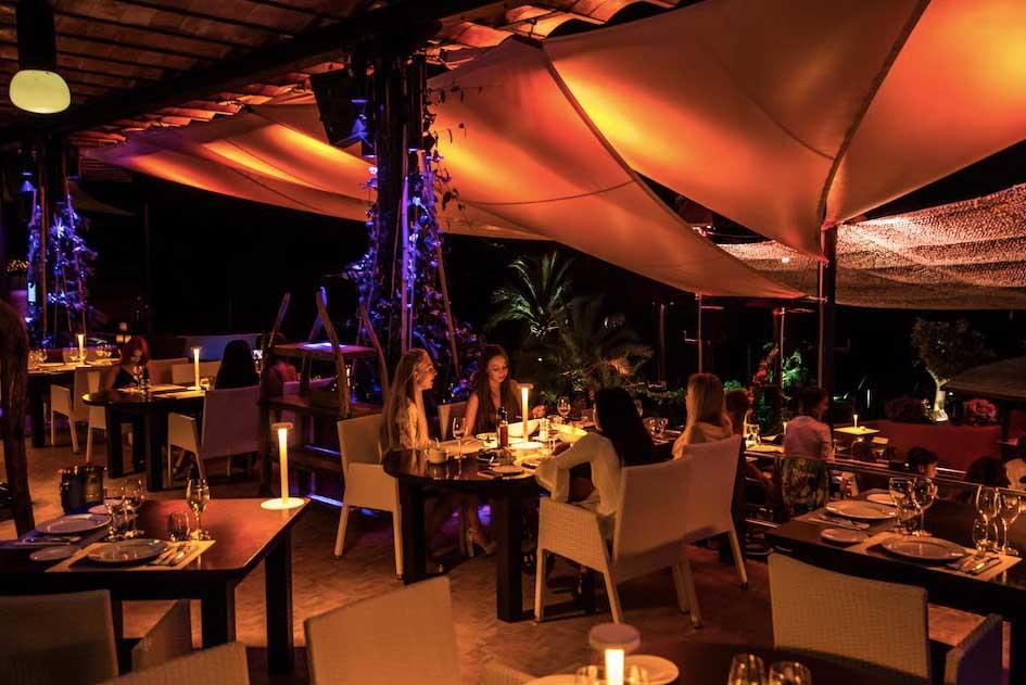 El restaurante apuesta por una gastronomía de calidad con productos procedentes de todos los rincones del mundo.
