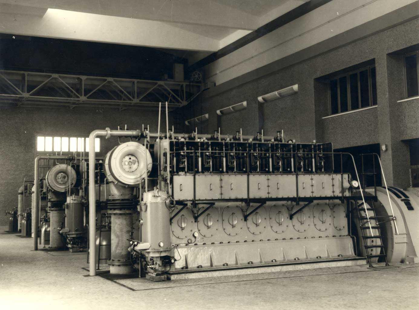 Grupos de la central de Eivissa (1958).