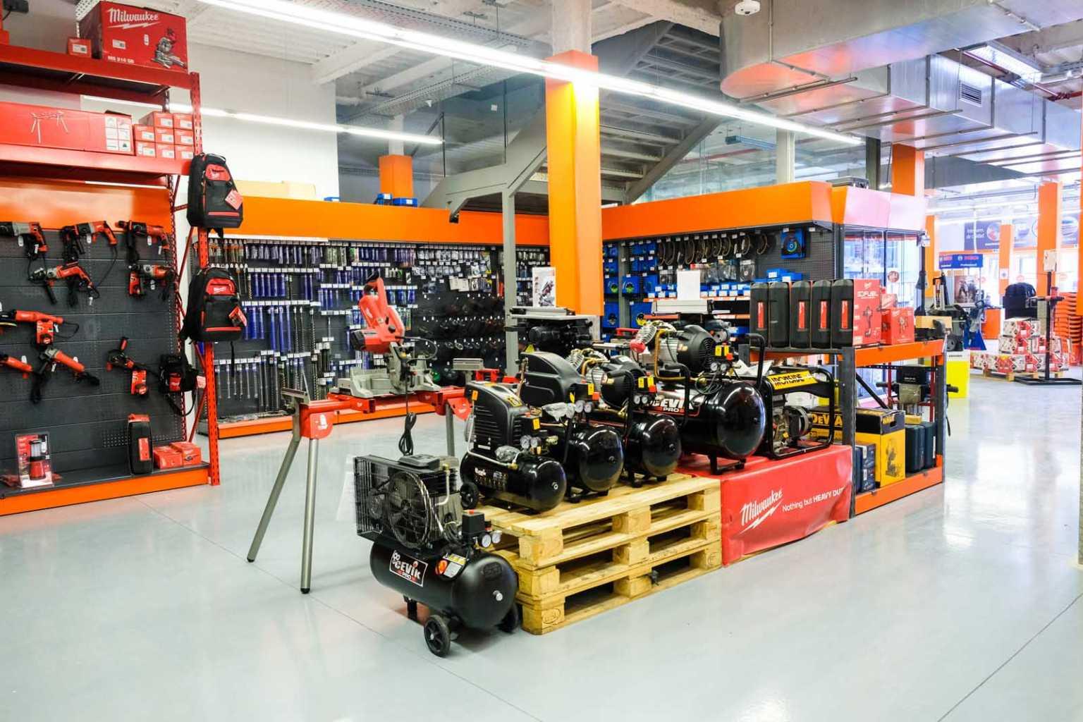 Tras la ampliación de su oferta de productos en la tienda, Rampuixa Baumaterial es actualmente el proveedor líder en la isla de materiales de construcción y cuenta con una gran variedad de referencias. foto: S.G.C.