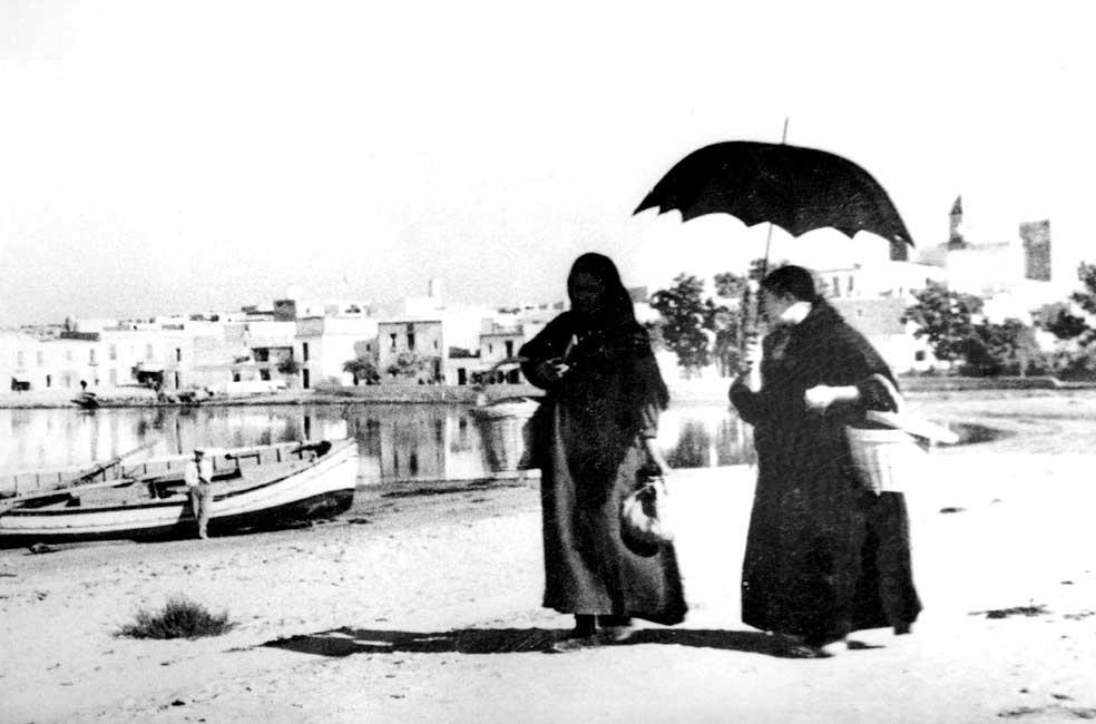 Dos ibicencas en Sant Antoni a principios del siglo XX. Domingo Viñets