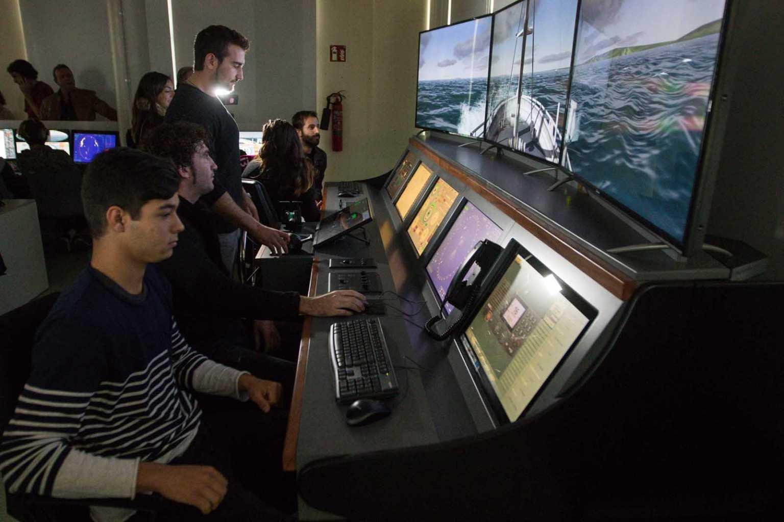 Simulació de navegació al centre de FP Can Marines al 2017. Vicent Marí