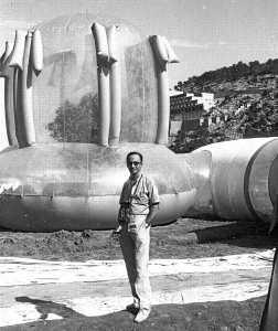 Buil Mayral en la ciudad de plástico de Sant Miquel en 1971. ARXIU D'IMTAGE I SO CONSELL D'EIVISSA