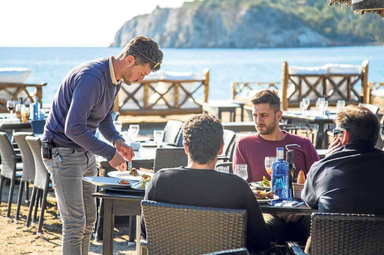 Dieta mediterránea y pasión por la comida ibicenca