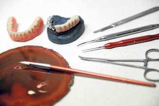 Herramientas de laboratorio para la recreación de un tratamiento.