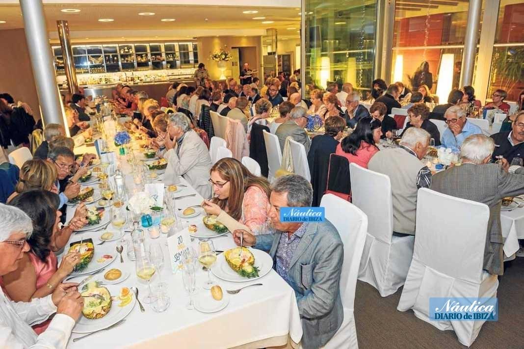 Resturante Es Náutic, entrañable cena de socios del Club Náutico de Sant Antoni