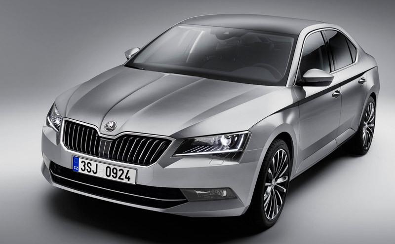 Audi Q7, Renault Espace y Skoda Superb candidatos para la votación del mes de abril.
