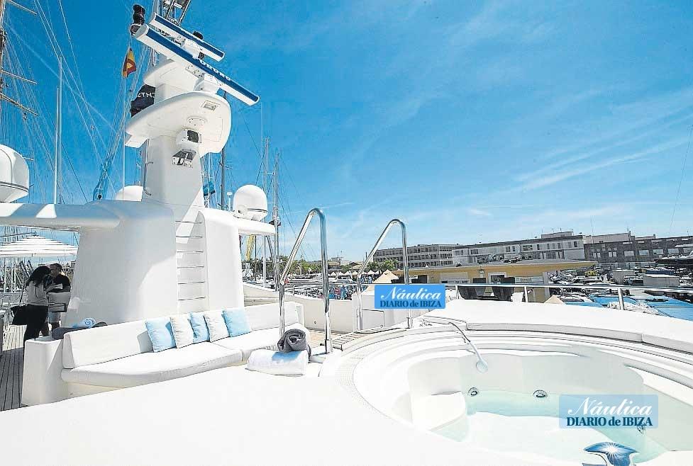 Barcos equipados con todos los detalles más lujosos y confortables