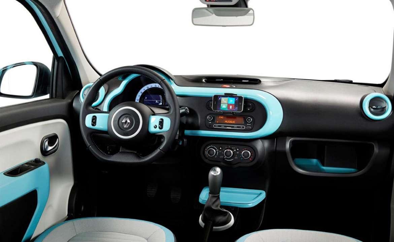 Puesto de conducción, que es también muy sencillo y práctico.