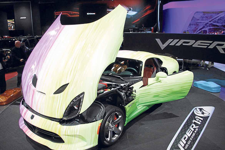 Uno de los modelos únicos del 2015 Dodge viper GTC 1 of 1 cual está hecho a mano en Detroit