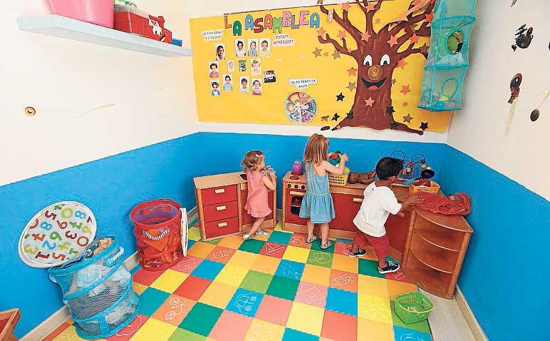 CENTRE INFANTIL SA LLUNA. Ambiente familiar  para los más pequeños