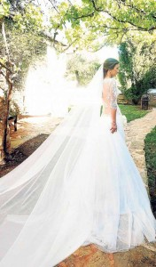 Vestido de novia diseñado por Teresa Bermejo. DE BLANCO