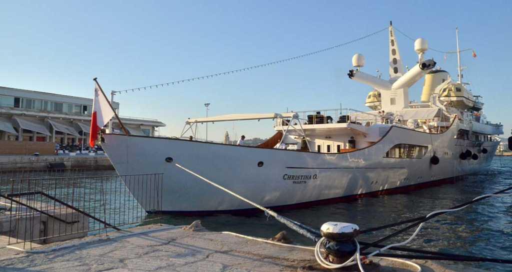 Atracado en el puerto de Vila. SEBASTIÁN CANDELA
