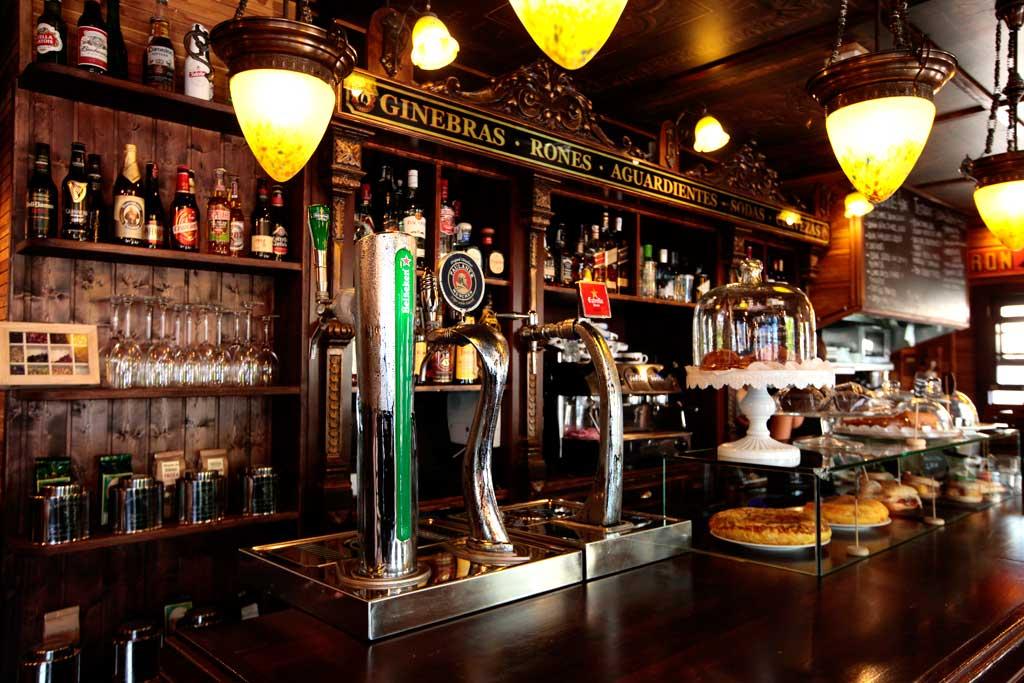 Café Mercat dispone de una gran variedad de las mejores cervezas.