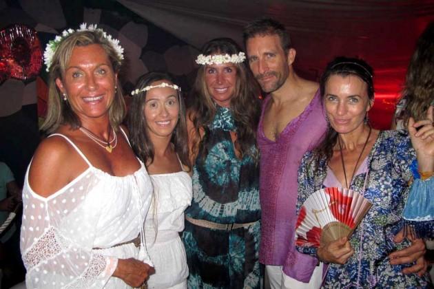 Estela, Ana, María, Gonzalo, Anuska y Eva.