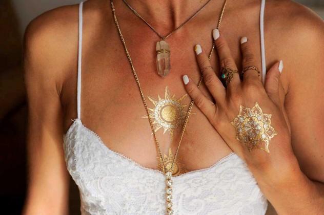 Tatuajes metálicos étnicos y orientales los que más triunfan. FOTOS GABRIEL VÁZQUEZ