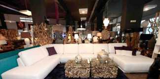 Descanshop dispone de una completa exposición de muebles. RUBEN E. IBÁÑEZ