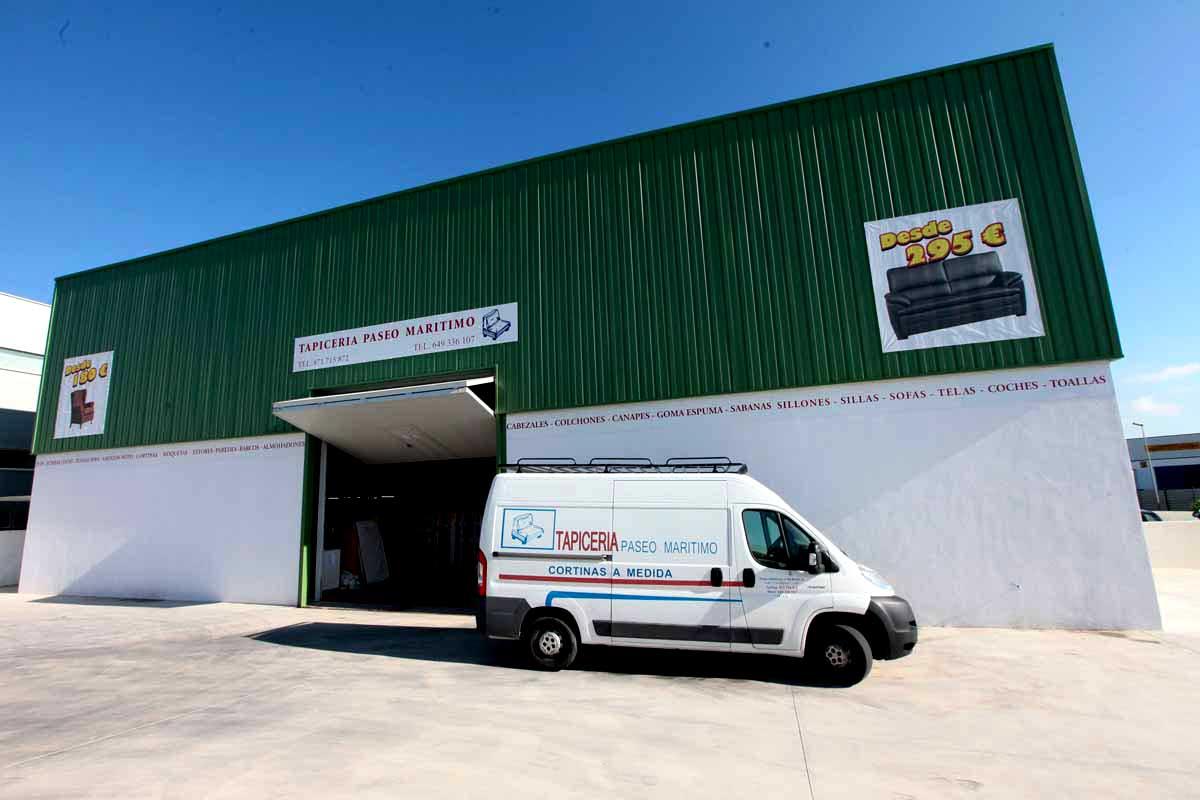 Tapicería Paseo Marítimo: Expertos en tapicería y fabricación de sofás, ahora en el polígono de Montecristo
