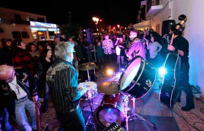 La música, la cerveza y la buena gastronomía se disfrutan los fines de semana en doce establecimientos de Sant Josep. RUBÉN E. IBÁÑEZ