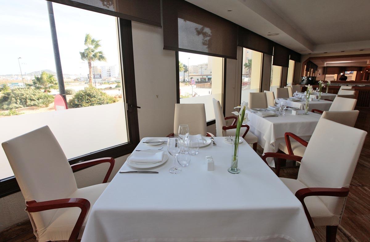 Hotel Royal Plaza. Gastronomía y servicio de calidad en el centro de Vila
