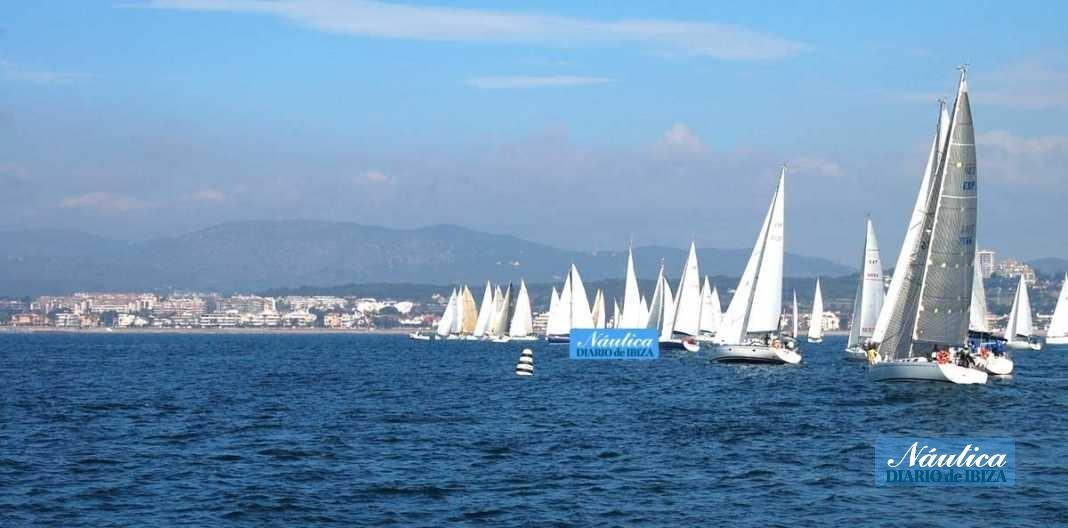 Club Náutic de Sant Antoni una estancia en el puerto perfecta