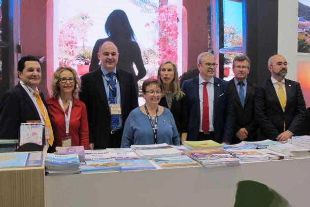 Santa Eulària presenta en la ITB su catálogo de playas y de servicios