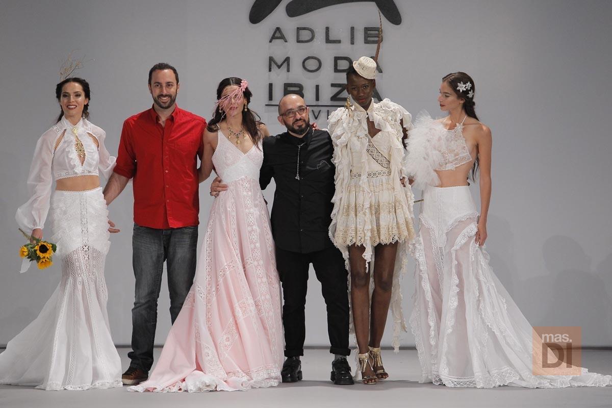 Pasarela costura España 2016. Adlib vuelve a seducir en Madrid