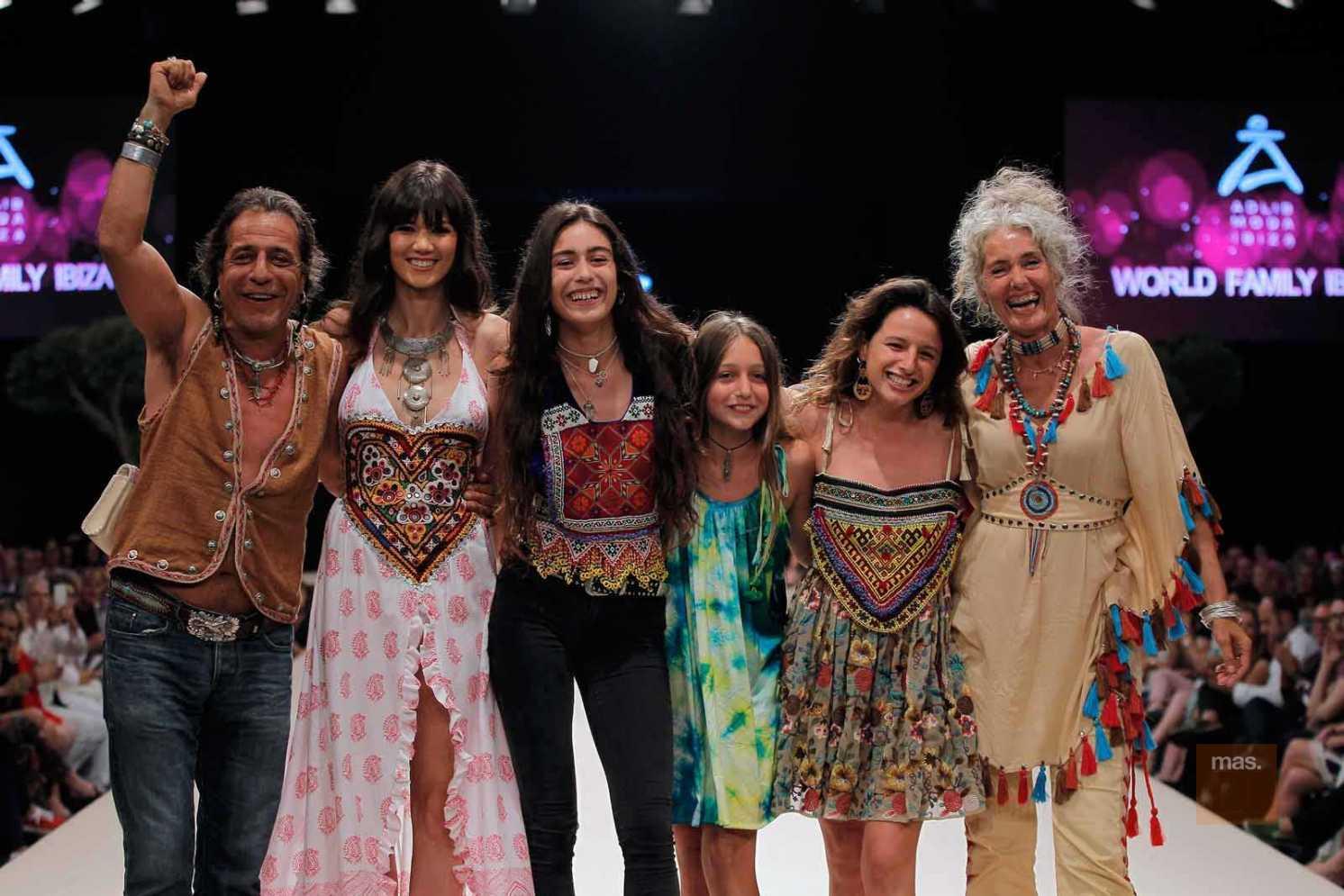World Family Ibiza. Prendas artesanales para reflejar la belleza del mundo