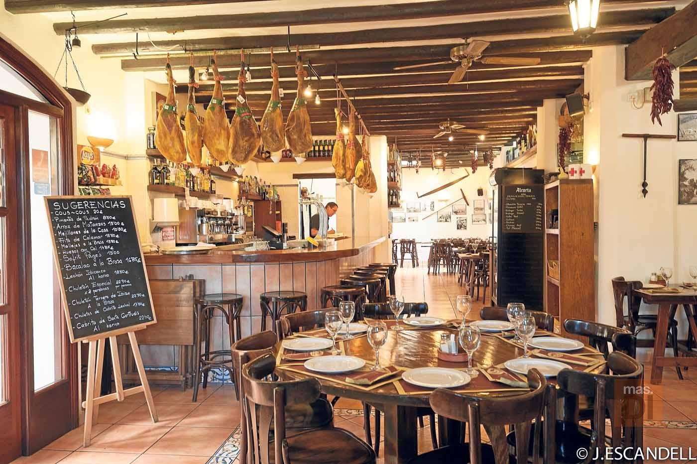 Companatge – Can Caus. De la granja a la mesa en un mismo lugar