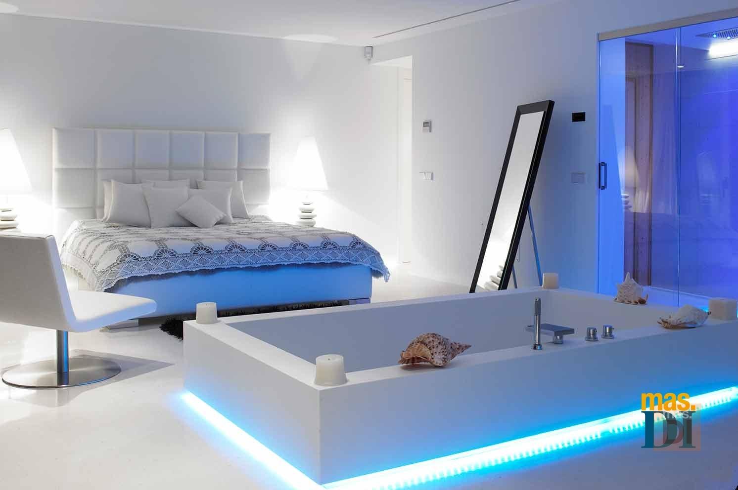 Baños modernos que relajan, tienen carácter y personalidad