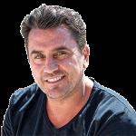 César Navarro