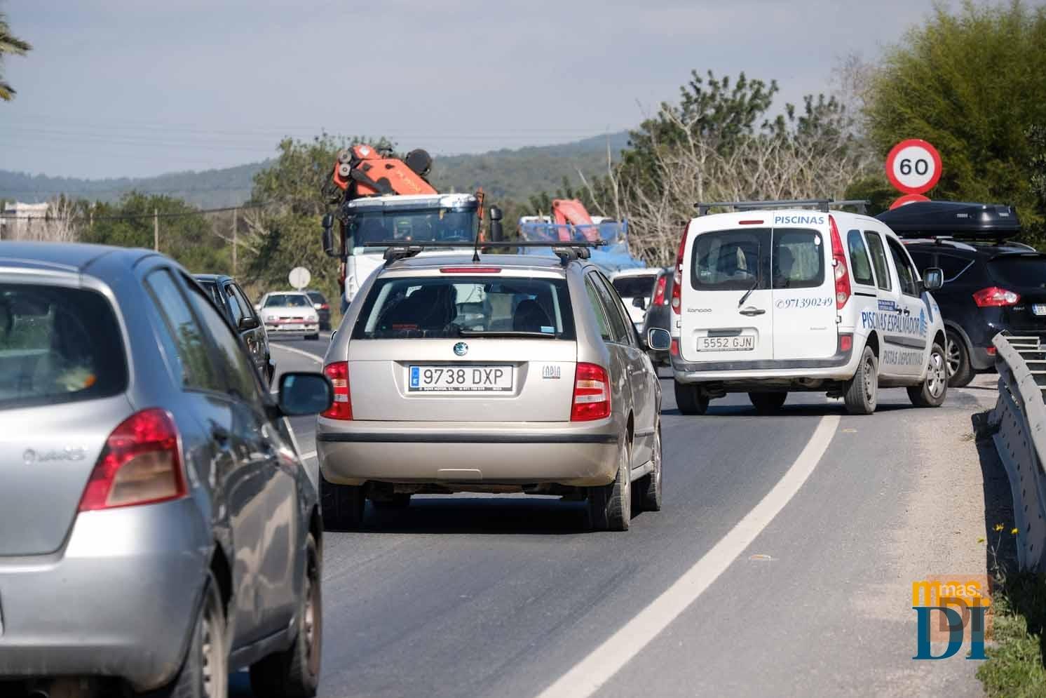 Los españoles pasan de media 9 horas y 35 minutos a la semana desplazándose