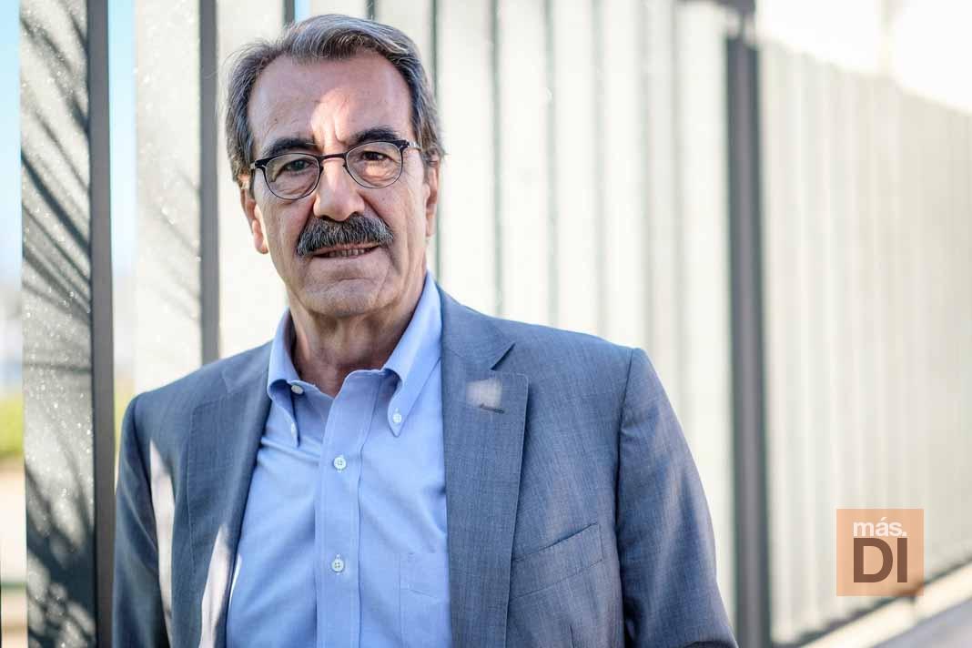 Emilio Ontiveros: «Una ciudad está condenada si se desdeña o aplaza la digitalización»