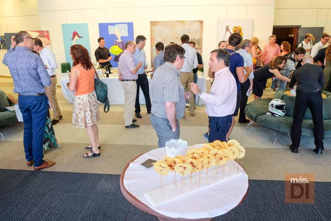 Destacados empresarios de diversos sectores económicos en el evento de BusinessDIbiza en el Club Diario.