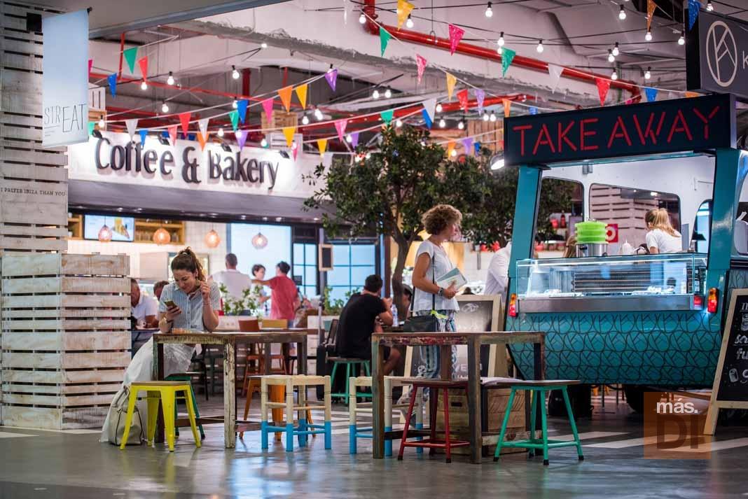 Coffe&Bakery – La Mediterránea. La ilusión de regalar un momento feliz y dulce cada día