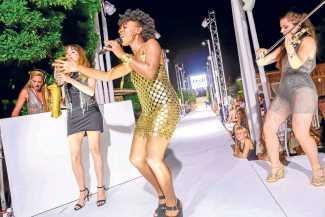 Desfile. Festival de moda y color | másDI - Magazine
