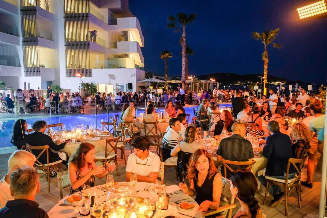Cena y subasta Nobu Hotel, Oceanic Global