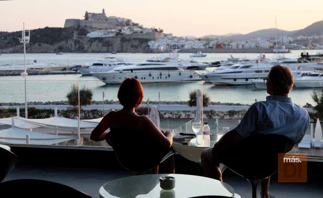 Ibiza Corso Hotel & Spa. Veladas mágicas con vistas a Dalt Vila