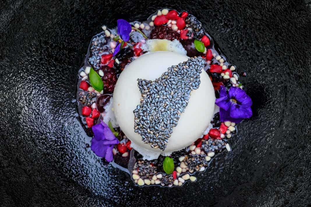 Espectaculares creaciones que nacen de las raíces y las técnicas culinarias de Japón. SERGIO G. CAÑIZARES