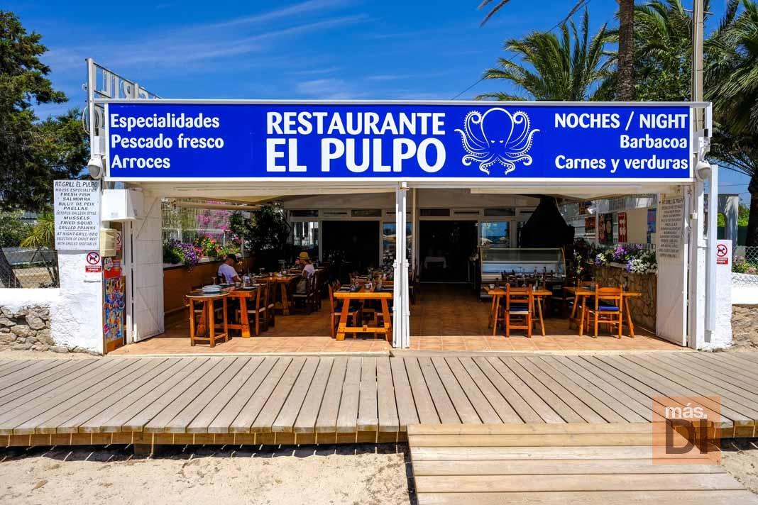 Restaurante El Pulpo. Estilo mediterráneo de día, carnes al grill por la noche