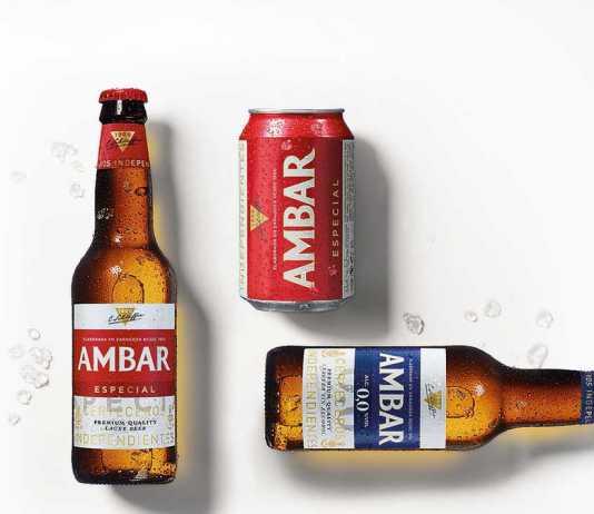Una representación de las cervezas Ambar que Distribuciones Guasch trae a la isla.