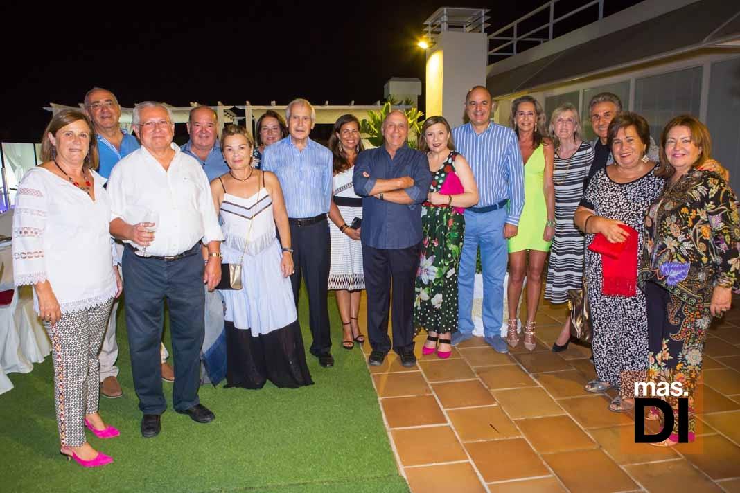 Amigos en la terraza de Colomar