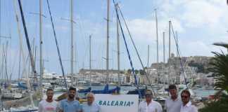 Los firmantes posan tras la rúbrica del convenio realizada en el Club Náutico Ibiza. D.I.