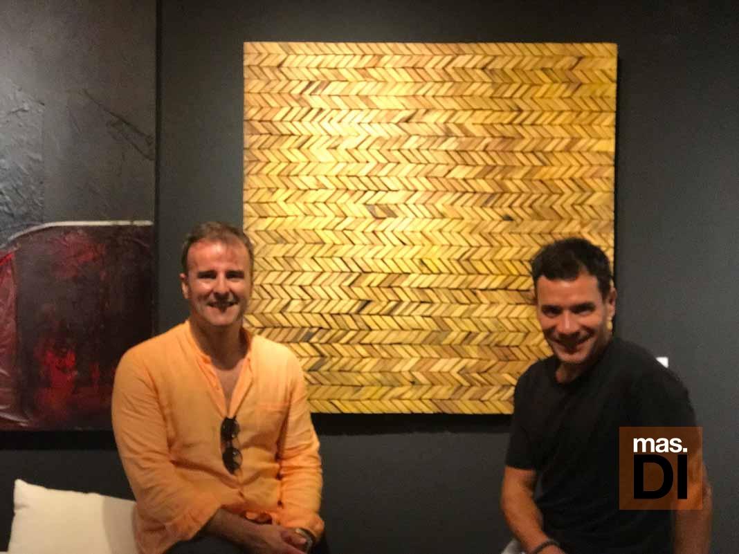 La galería Jorge Alcolea celebra su éxito con una segunda inauguración